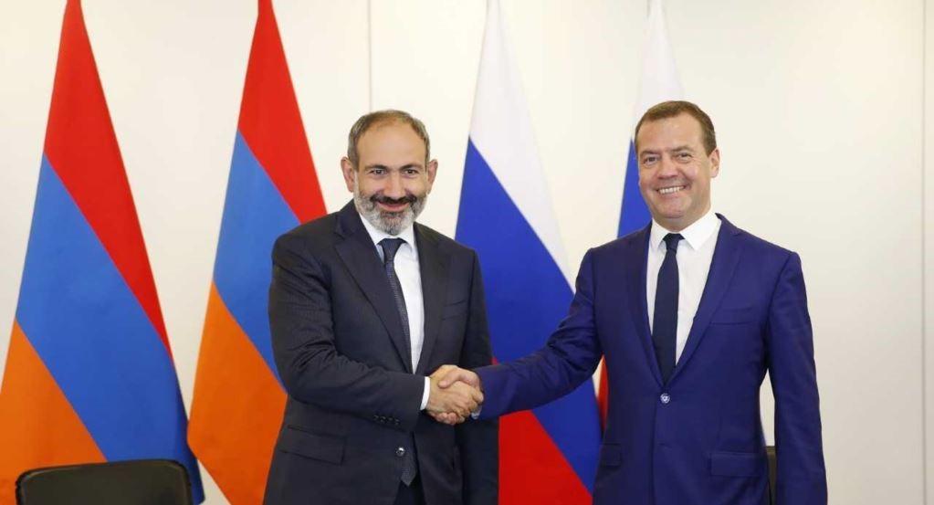 Премьер-министры России и Армении обсудили экономическое сотрудничество