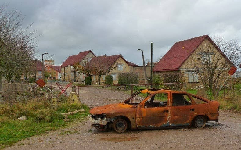 Деревня-муляж на юге Англии