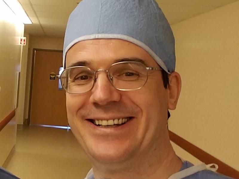 Врач, эмигрировавший в США, рассказал о войне российских коллег с пациентами