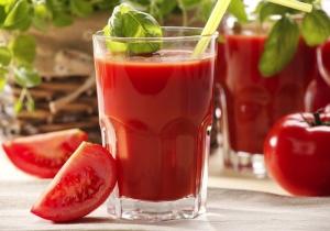 Томатный сок может легко заменить энергетические напитки