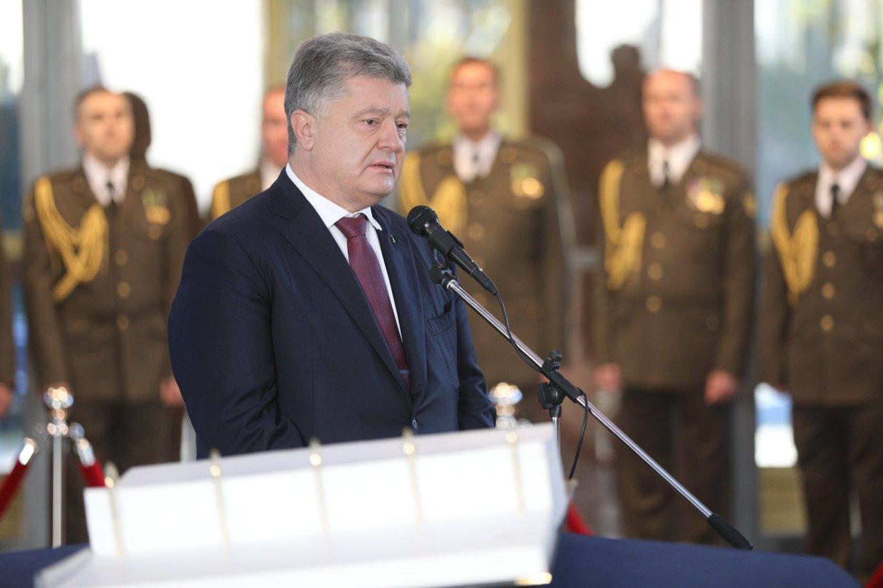 Западные СМИ: есть реальная вероятность, что Украина ввергнется в хаос