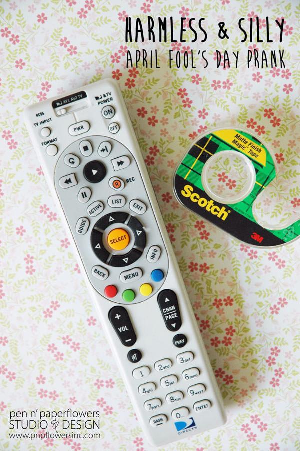9. Заклейте датчик пульта от телевизора - успех вам обеспечен!  1 апреля, День дурака, прикол, розыгрыш, юмор