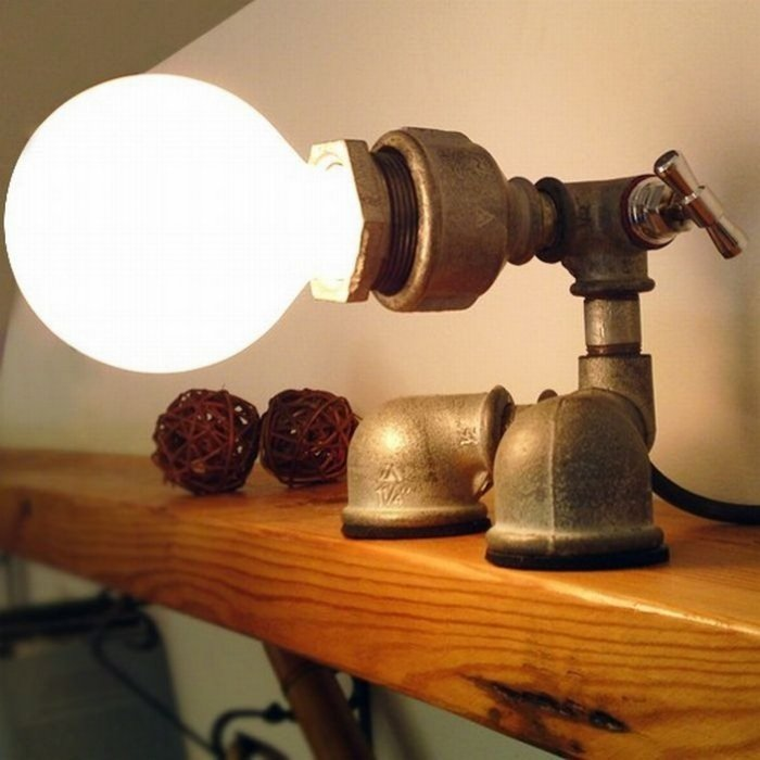Поворотный светильник своими руками