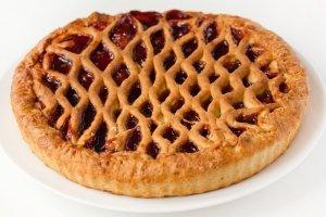 Пирог с черничным вареньем из дрожжевого теста рецепт
