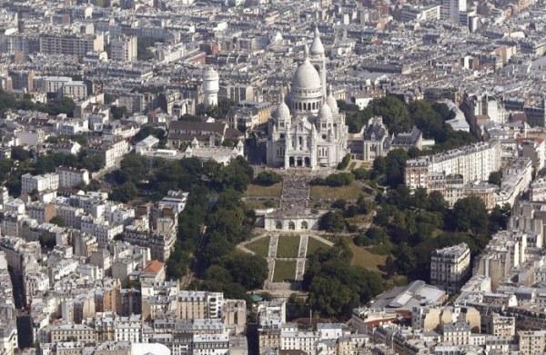 Париж с высоты птичьего поле…
