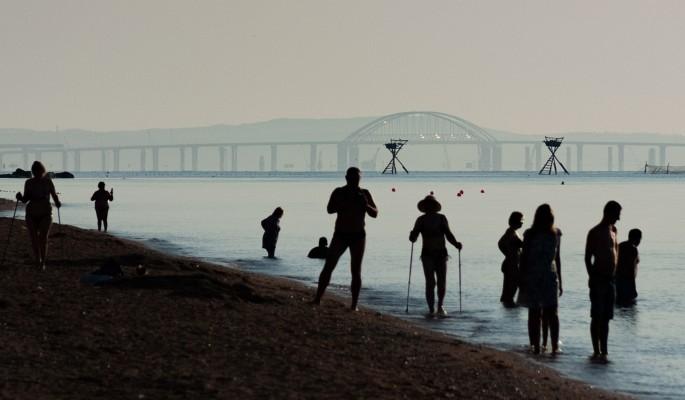 Украинцы оккупировали Крымский мост