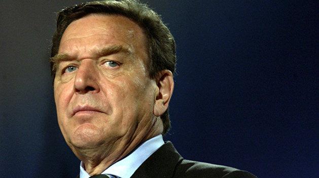 Экс-канцлер Германии: Украина ведет войну против Донбасса