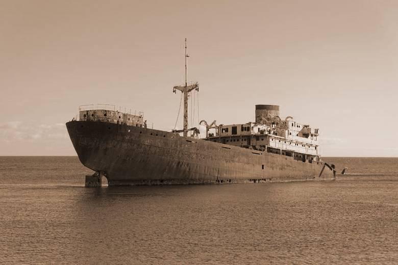 Тайна корабля с мертвым экип…