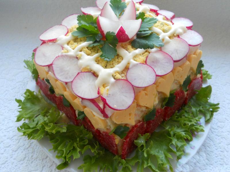 Что приготовить из батона: тортик, шарлотка, закуски