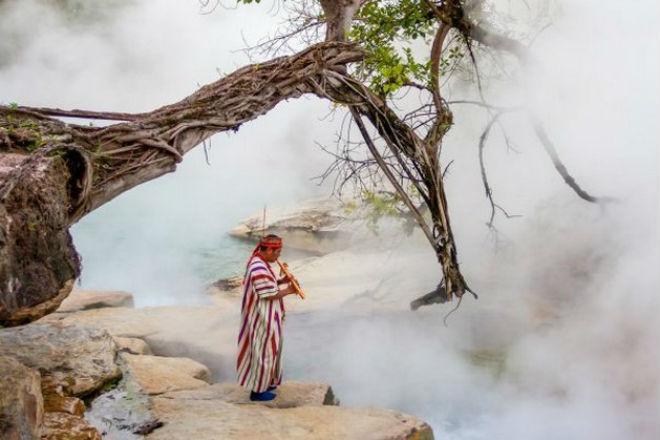 В джунглях обнаружили кипящую реку