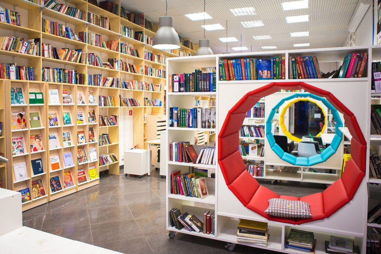 Творческая группа «10» откроет мистическую выставку в библиотеке