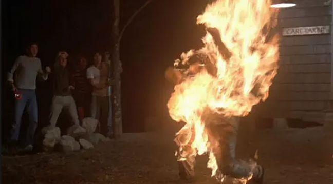 Украинца, зиговавшего в Польше, сожгли заживо