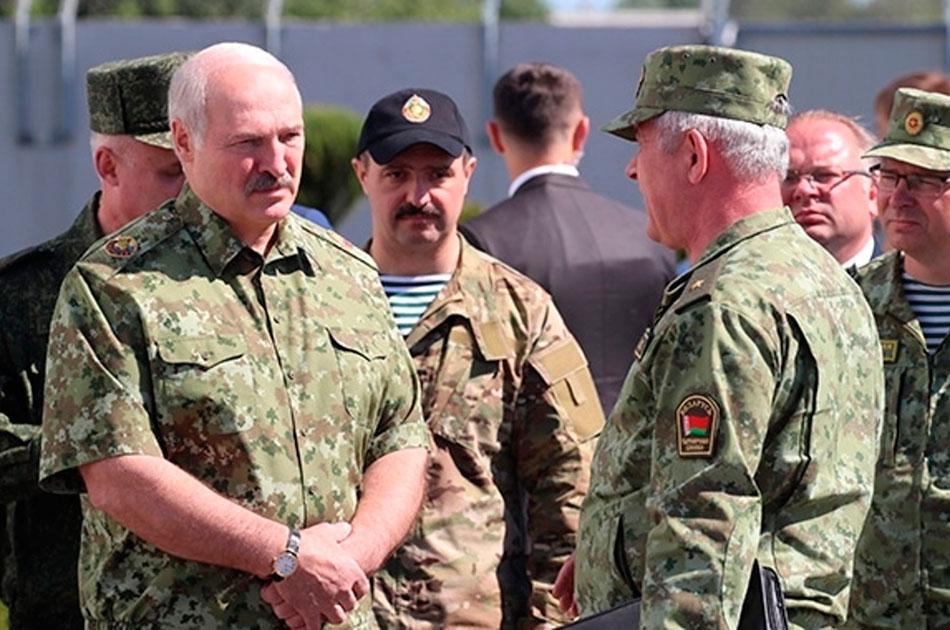 Лукашенко на границе.