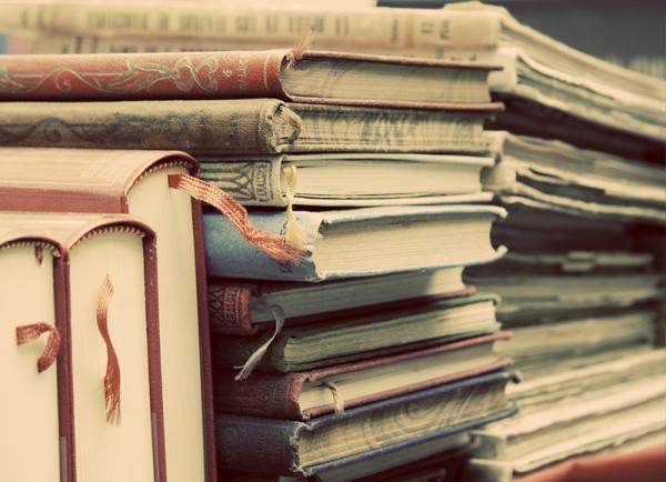 Картинки по запросу подари книгу библиотеке