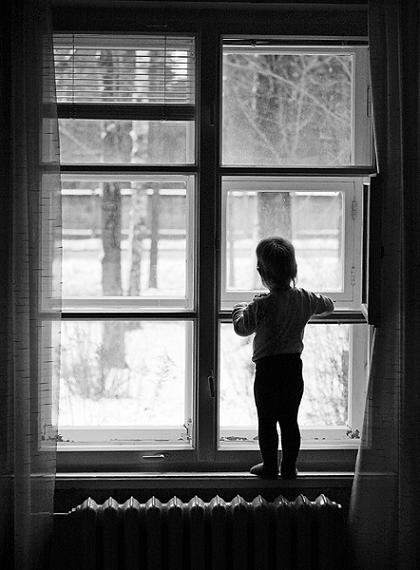Как бросают детей: история двухлетней сироты