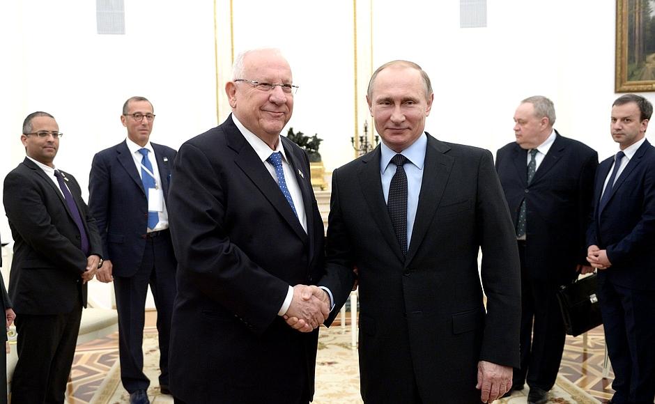 Встреча с Президентом Израиля Реувеном Ривлином -/- Совещание с членами Правительства