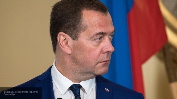 Медведев и Волож проехались на беспилотном автомобиле «Яндекса»