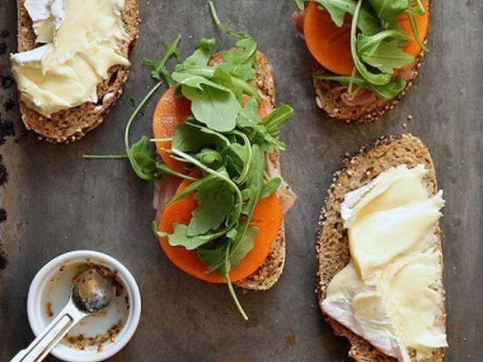 Новое прочтение: закуска из хурмы с сыра