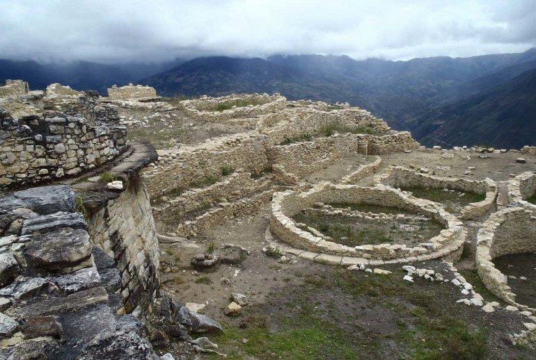 крепость куэлап в перу