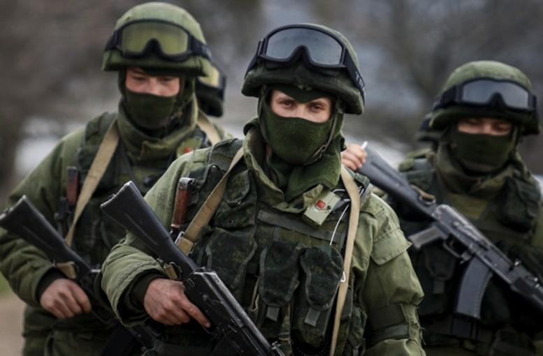 К Крыму тянут вооружение Украины.