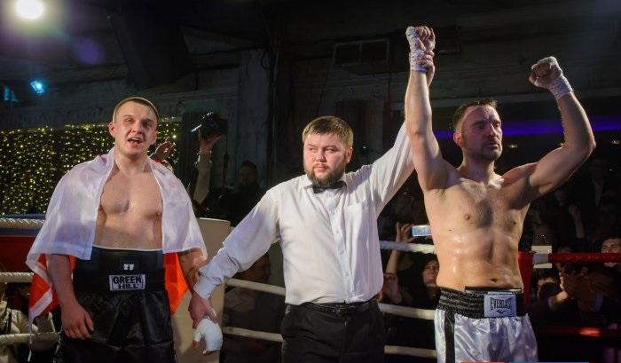 Руслан Осташко победил поляка Томаша Мацейчука в кулачном поединке.