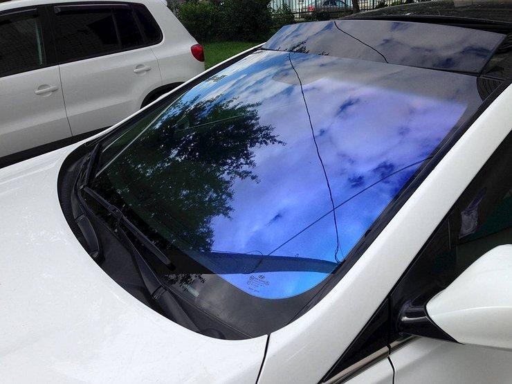 Как защитить салон машины от солнца, когда и кондиционер не помогает