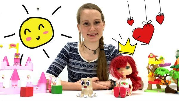 Видео для девочек. Земляничка и Маша делают осьминожку. Детское творчество