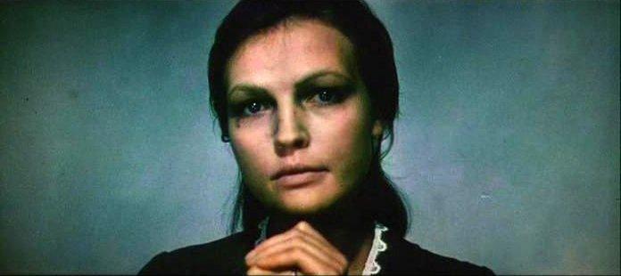 Обманутая мошенниками звезда советского кино с трудом сводит концы с концами, снимая квартиру в США