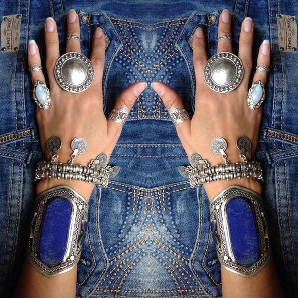 потрясающая подборка джинсов…