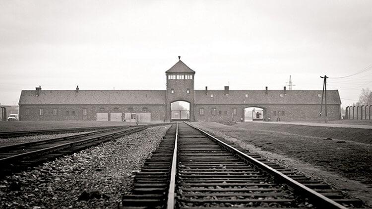 15 фактов о центральной фигуре фашизма
