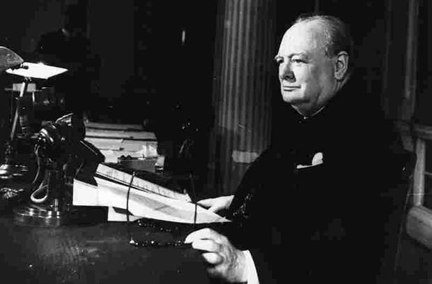 «Да здравствует дело свободы!» Радиообращение премьер-министра Великобритании Уинстона Черчилля