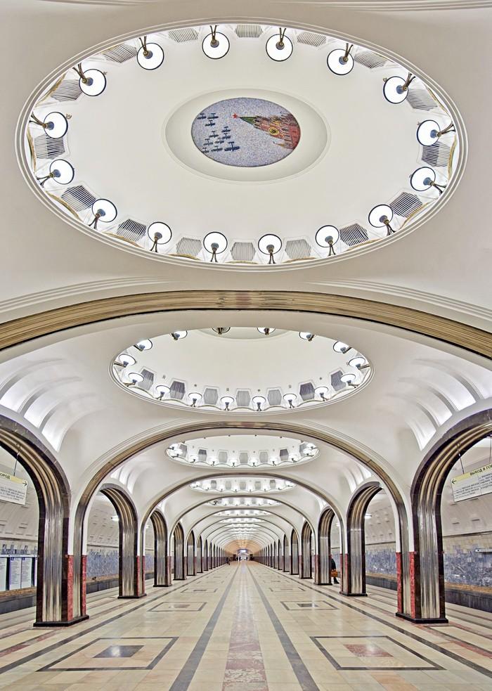 MetroStations03 17 самых волшебных станций метро со всего мира