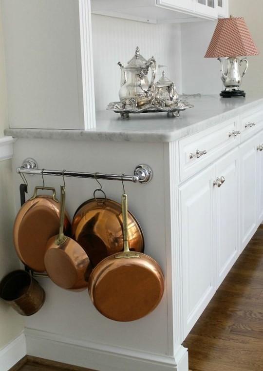 магнитная планка на маленькой кухне