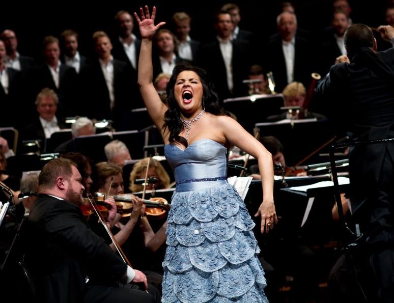 Анна Нетребко больше не будет петь в Москве