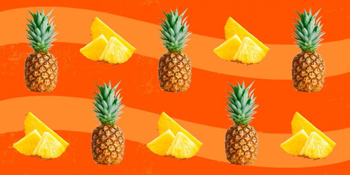 10 вкусных салатов с ананасом