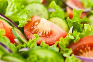 Полезные рецепты. Что приготовить из огурцов, перца, помидоров?