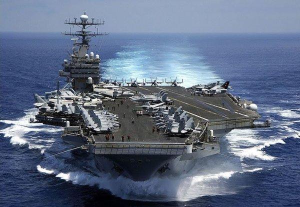 «Пираний» флот: лучшее оружие против авианосных группировок США