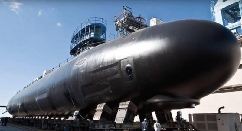 В ВМС США поставлена в строй субмарина нового поколения USS Oregon