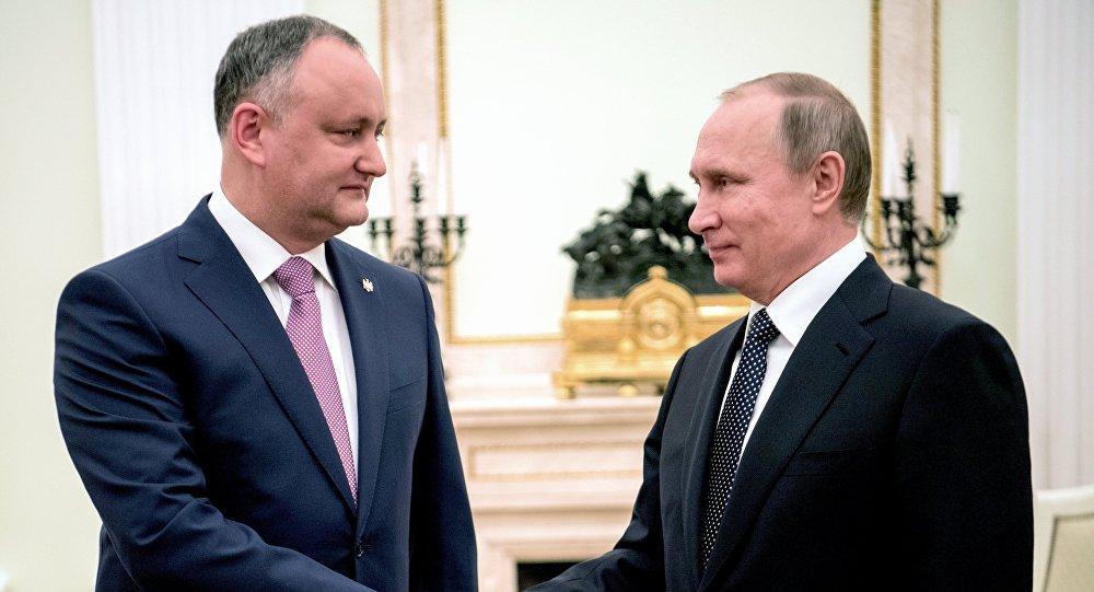 Владимир Путин и Игорь Додон обсудили ситуацию в ПМР