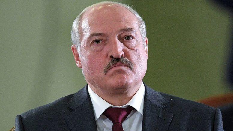 Что стоит за словами Лукашенко о вхождении Белоруссии в состав другого государства