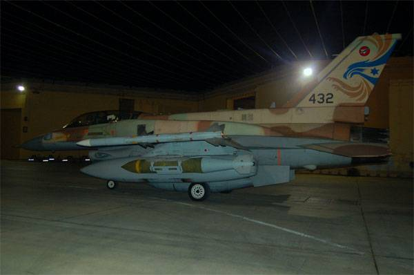 "Зачем ВВС Израиля бомбят юг Ливана - ""импотенция"" в Сирии?"