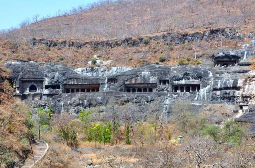 Удивительный пещерный комплекс Аджанты