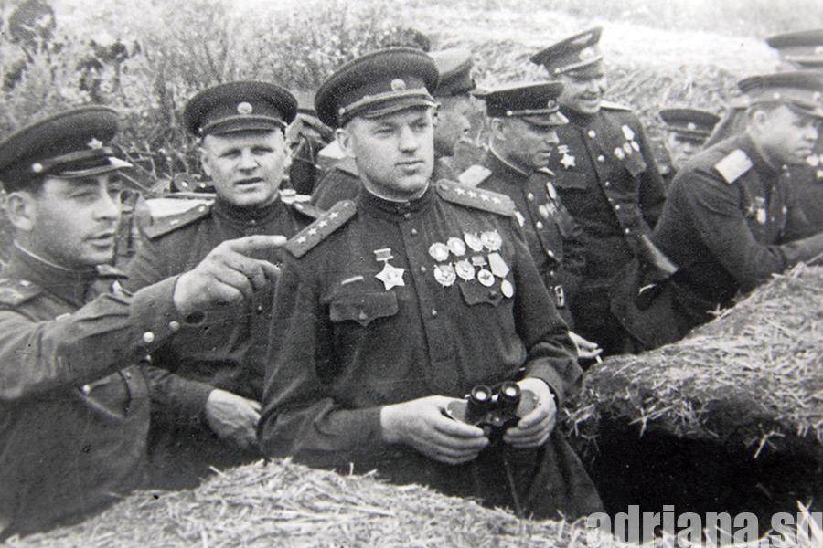 Как смекалка лётчика спасла семейную жизнь маршала Рокоссовского