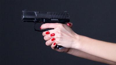 СМИ: Москвичка застрелила му…