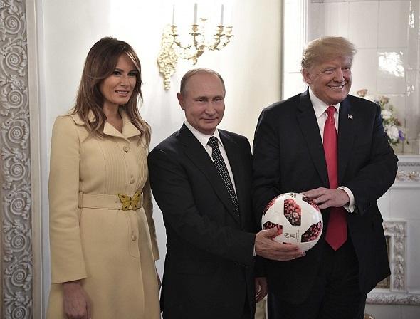 Саммит Путин-Трамп вХельсинки вызвал «землетрясение» взападных СМИ: обзор