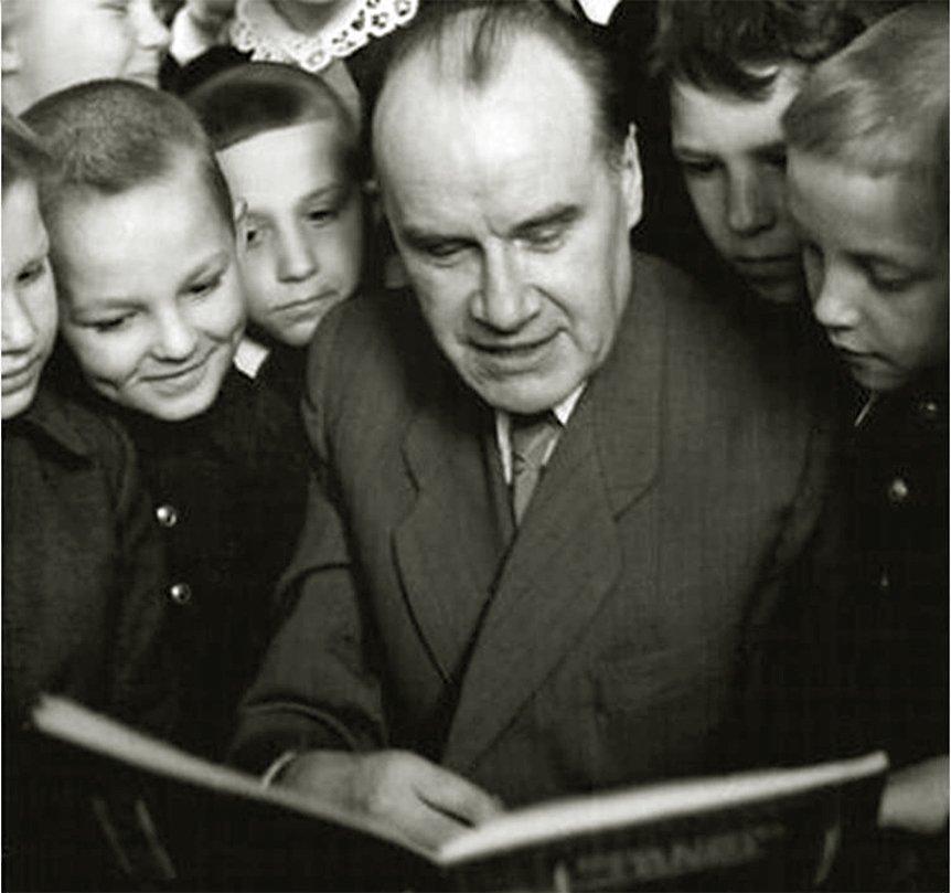 """""""Если бы они только ели!"""":  великий Николай Носов про сегодняшних богачей. 1965 год"""