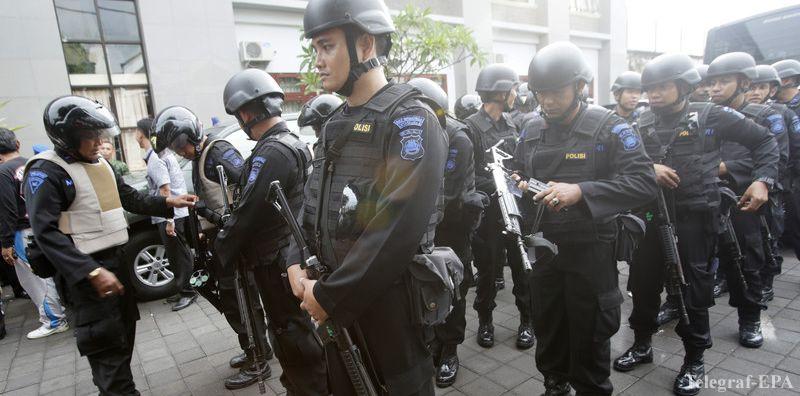 Двойной теракт в Джакарте: «Джемаа Ансухарут Дауля» продолжает убивать полицейских
