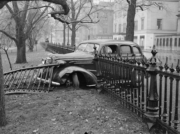 Старые фотографии дорожно-транспортных происшествий 1940-х годов.
