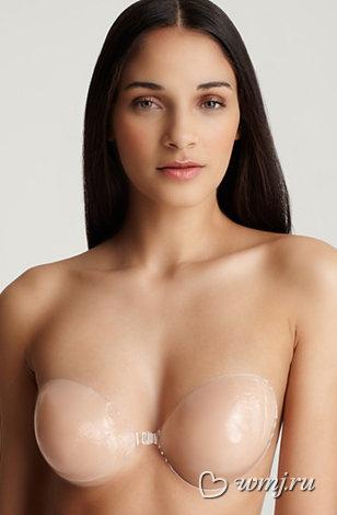 девушки у которых видно грудь с лифчиком