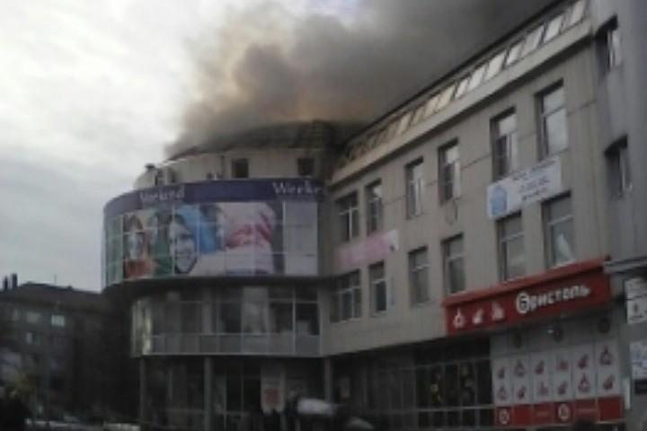 ВАрхангельске горел ТЦ «Фокус»